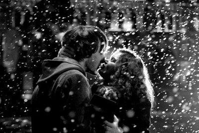 snow-kiss.jpg